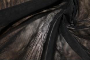 Сетка москитная, 40 г/м2, цвет черный.
